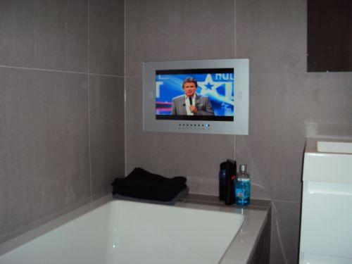 Badkamer TV voorbeelden bij onze klanten.